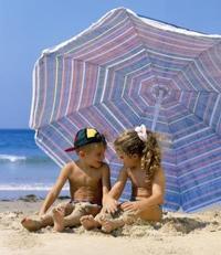 Προστασία των παιδιών από τον ήλιο