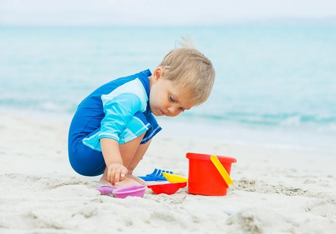 Αποτέλεσμα εικόνας για δραστηριοτητες στη θαλασσα με τα παιδια